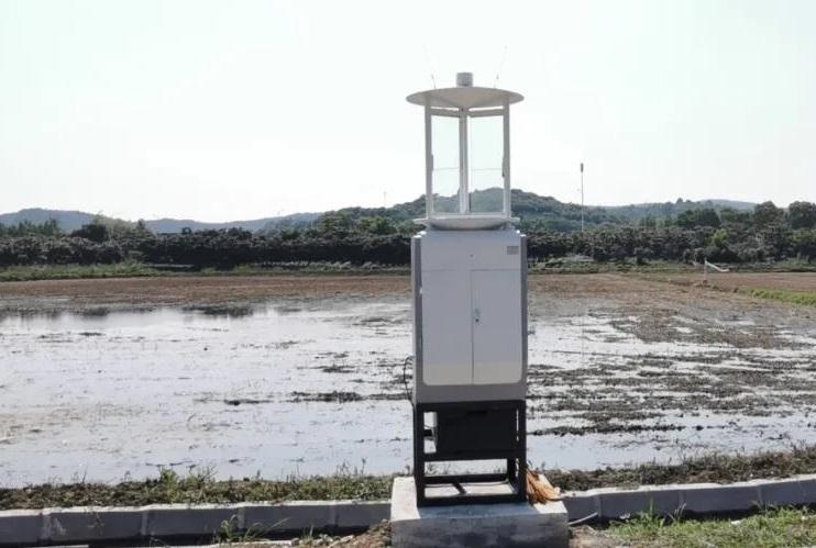 远程拍照式虫情测报灯的功能优势有哪些
